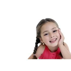 Что носят принцессы от мала до велика? Выбираем сережки для девочки
