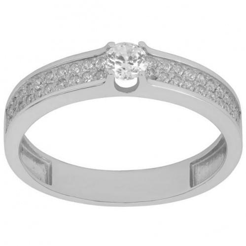 Серебряное кольцо с фианитом КВ115с