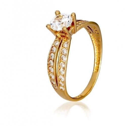Золотое кольцо с фианитом КВ384и