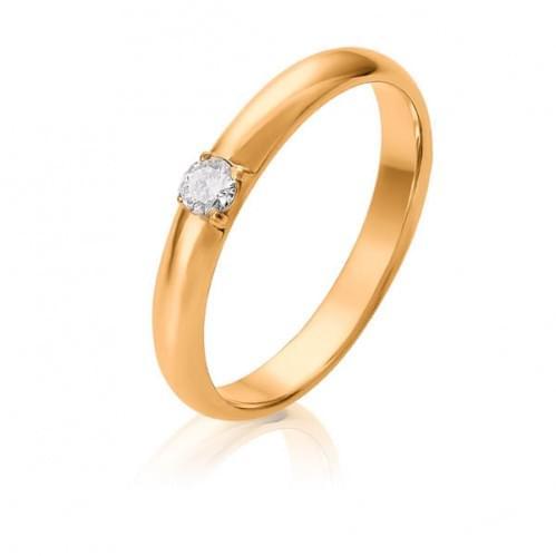 Золотое обручальное кольцо со вставкой